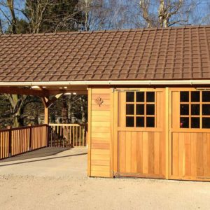 Garage en bois red cedar